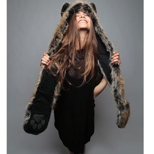 SpiritHoods Authentic RedWolf